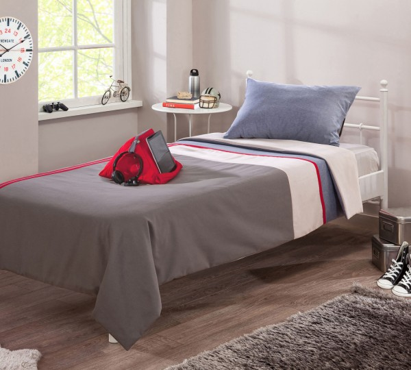 tagesdecke trino f r 90x200cm betten inkl tabeltkissen in rot traum m. Black Bedroom Furniture Sets. Home Design Ideas