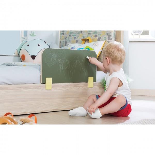 Kinderbett MONTI Absturzsicherung bemalbar Tafel